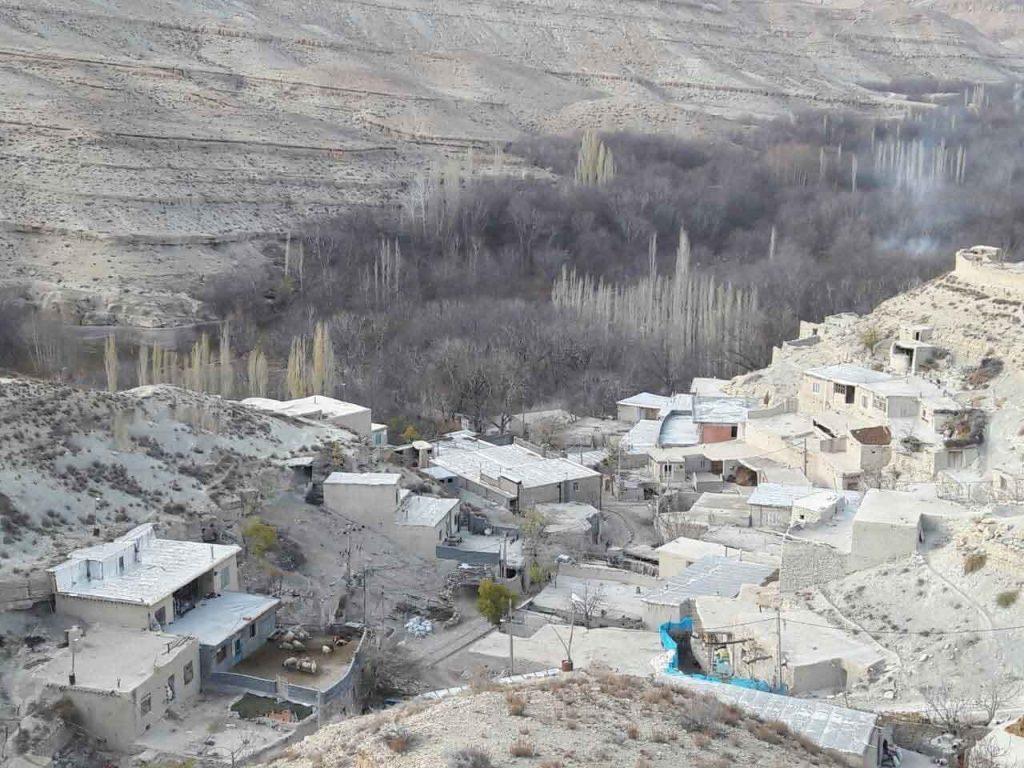روستای گرماب نمای باز