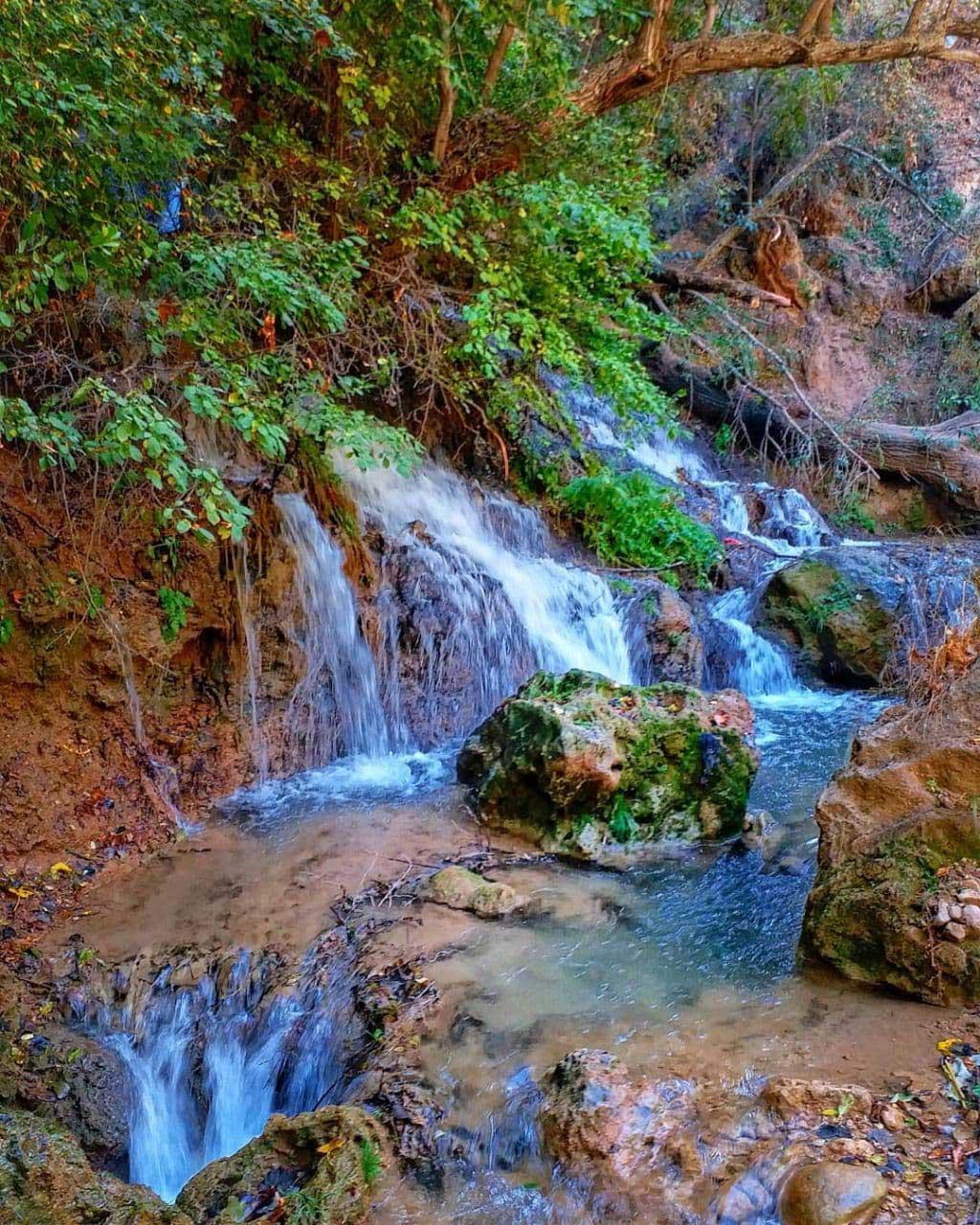آبشار روستای اسطرخی